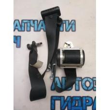 Ремень безопасности передний правый Ford Kuga CBV 8V41S61294AD Отличное состояние