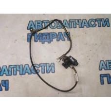 Клемма аккумулятора минус Nissan Juke
