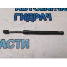 Амортизатор крышки багажника Audi A6 С6 2007 4F5827552 Отличное состояние