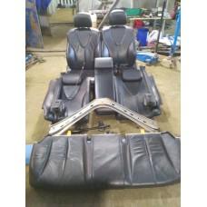 Комплект сидений Toyota Camry V40 Хорошее состояние Небольшой дефект на спинке заднего сидения.