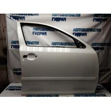 Дверь передняя правая Skoda Octavia a5 1Z0831052 Отличное  состояние