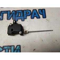 Активатор замка багажника Skoda Octavia a5 1M0959781A Отличное  состояние