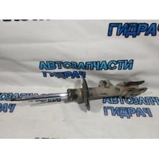 Амортизатор передний правый Kia Sportage 546612S000 KYB Excel G.