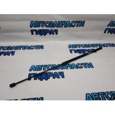 Амортизатор капота Skoda Superb 2 3T0823359 Отличное состояние