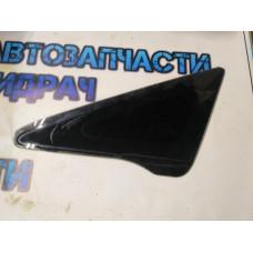 Форточка передняя левая Honda Civic 4D 73371SNAA01 Отличное состояние.